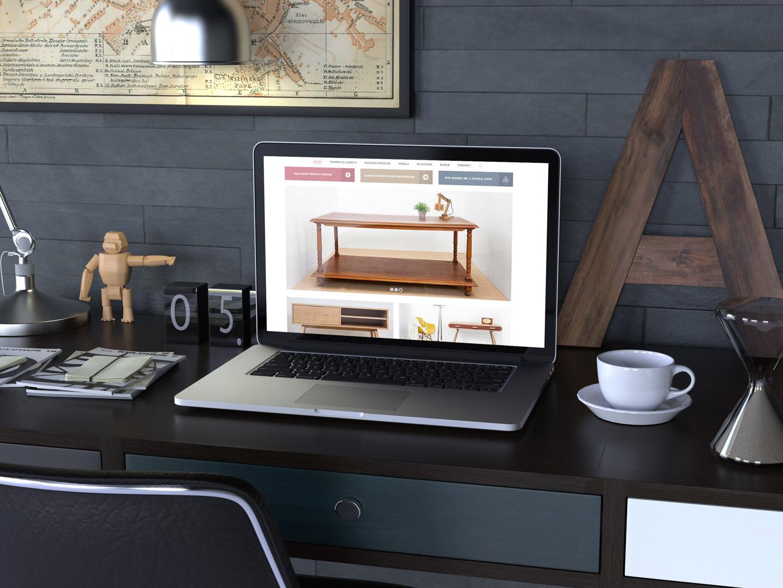 administrare lunara website